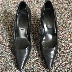 Chanel quilted pointed toe heels size 40